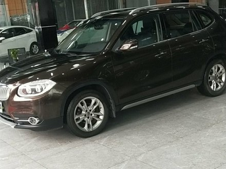 中华V5 2012款 1.5T 自动两驱豪华型