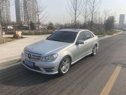奔�YC� 2013款 C 180 �典型 Grand Edition