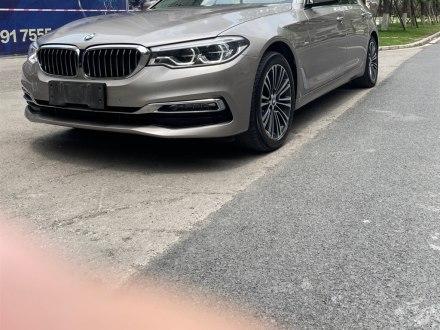 �F州二手���R5系 2018款 改款 530Li 尊享型 豪�A套�b