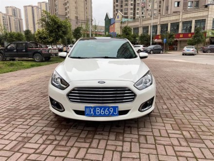 福睿斯 2015款 1.5L 手�邮孢m型