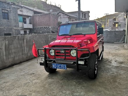 BJ 212 2019款 1.5T 方门 国V