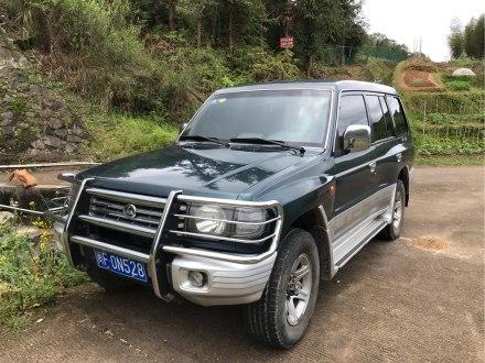 黑金刚 2008款 3.0L 手动四驱舒适型