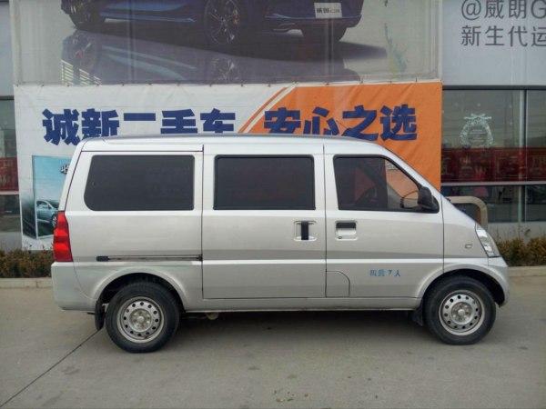 2012款 五菱荣光 1.5l加长基本型