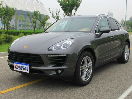 Macan 2017款 Macan Turbo 3.6T with Performance Package