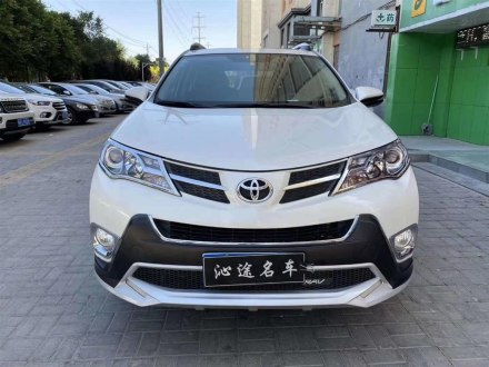 RAV4荣放 2015款 2.0L CVT四驱新锐版