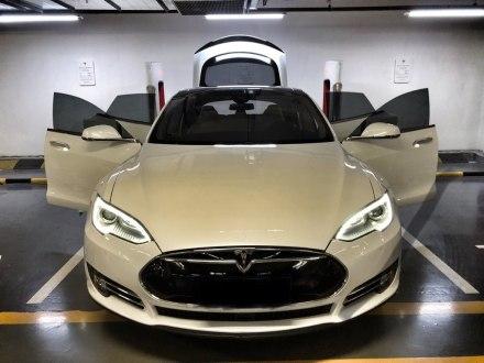 Model S 2014款 Model S P85