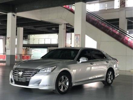 皇冠 2015款 2.5L �r尚限量版