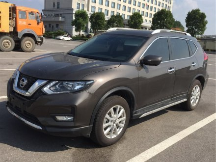 奇骏 2019款 2.0L CVT智联舒适版 2WD