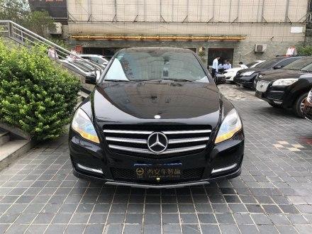 奔�YR� 2010款 R 300 L 豪�A型