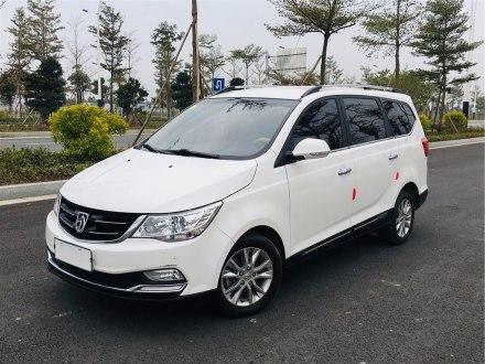 宝骏730 2016款 1.5L 手动舒适型 7座