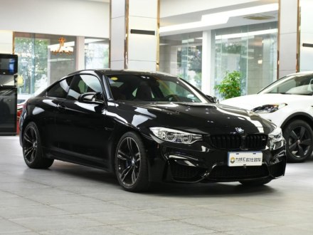 ���RM4 2017款 M4�p�T�I跑�