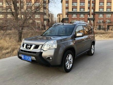 奇骏 2012款 2.5L CVT旗舰版 4WD