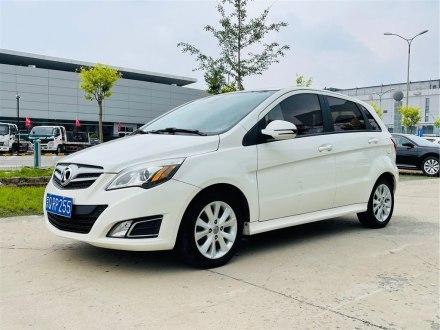 北京二手北京汽车E系列 2013款 两厢 1.5L 手动乐天版