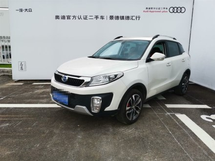 北汽昌河Q35 2016款 1.5L 自动炫赫版